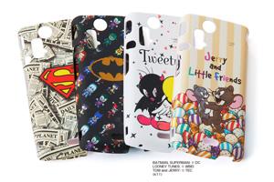 【Xperia™ acro/Xperia™ arc】スーパーマン、バットマン、トゥイーティー、ジェリーとリトルフレンズキャラクター・シェルジャケット